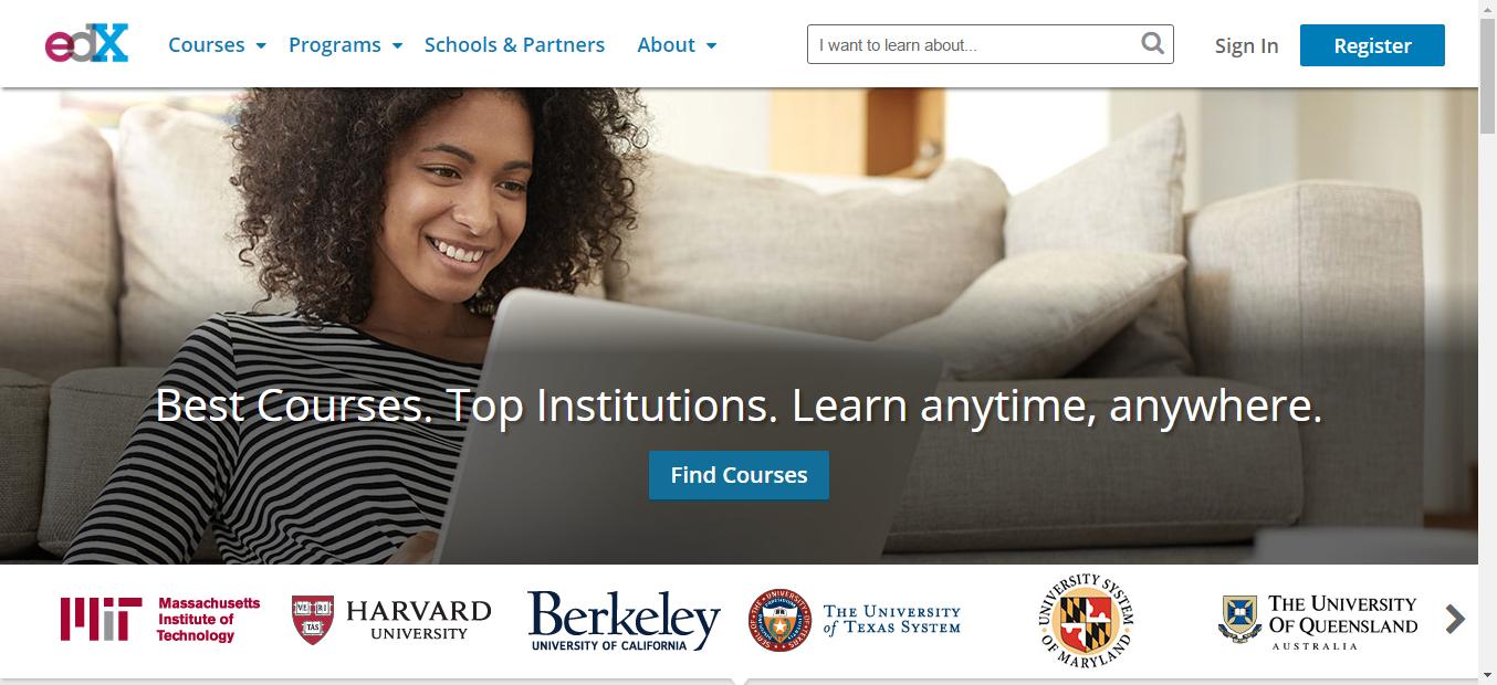 A 8 legjobb online egyetem, hogy otthonról tanulj!
